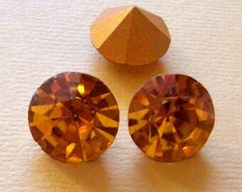 8 pcs. vintage MCC machine cut crystal topaz foiled rhinestones by Optima of Czechoslovakia ss49 - f1412