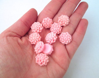 10 pink 15mm flower mum cabochons, dainty resin chrysanthemum cabs