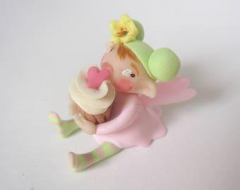 Tiny fairy cake fairy