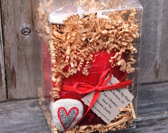 """Large BOX OF FLARE with Sip-o-Barbara Spice Tea Scented 4"""" x 4"""" Cylinder Candle and Hand Painted Beach Rocks"""