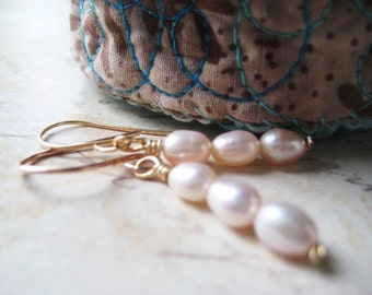 Pearl Earrings, Freshwater Pearls, 14k Gold Filled, Pearl Dangles, French Earwire, Minimalist, candies64