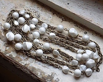 FREE SHIPPING Vintage Goldtone Chain Necklace with Chunky Faux Pearl Accent Beads