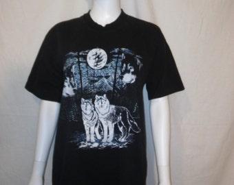 Wolf wolves black t shirt, Moon wolf t shirt, size XL wolf t shirt