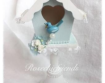 Pedestsl BIRDHOUSE Shabby Cottage Hand Painted Blue Roses Chic ECS svfteam