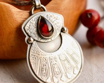 Boho Style Red Garnet Necklace, Silver Crescent Moon Jewelry, Textured Silver Pendant, Hand Fabricated Metalwork