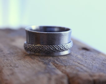 Rustic Sterling Silver Spinner Ring - Meditation Ring - Fiddle Ring - Mens Jewelry