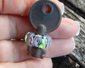 Rose Garden Key, Simply Lampwork by Nancy Gant SRA G55