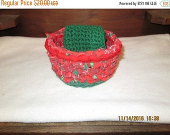 20% OFF WEEKEND SALE Crocheted Vintage Fabric Christmas Basket with 2 Green Washcloths