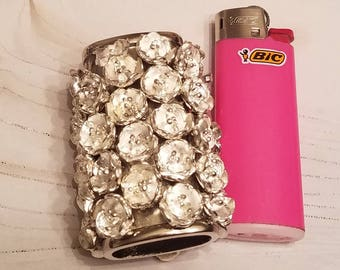 Bic Mini Lighter Case/Silver Metal Flowers