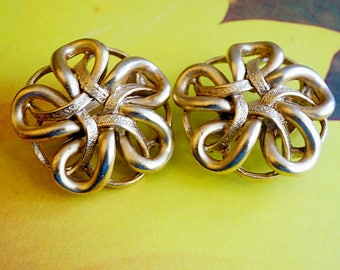 Oscar de la Renta Clip Earrings, Gold Ribbon Earrings, Designer Marked