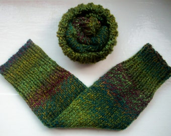 Vegan leg warmers, chunky yarn, warm, variegated, rich greens, purples