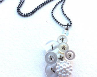 White Vintage Button Pendant Necklace