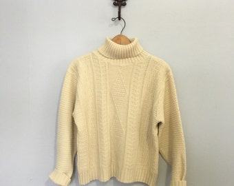 Vintage off white knit sweater / fisherman knit sweater cozy sweater acrylic knit pullover turtleneck sweater