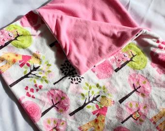 Giraffe Baby Blanket, Baby Gift, Nursery, Animal, Pink