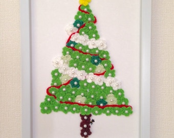 Crochet Christmas Tree / Crocheted Flowers - Happy Christmas