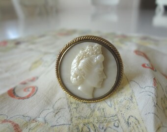 Queen Elizabeth II Coronation Pin Badge Raised Silhouette in Ivory & Gold Materials Vintage Kitsch - EnglishPreserves