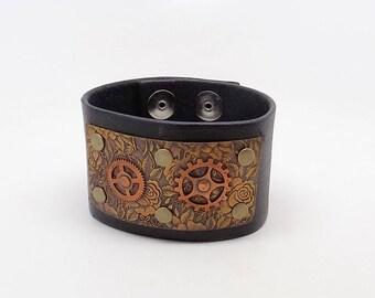 SALE.....Steampunk leather cuff bracelet.