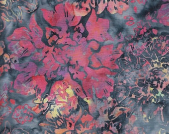 Hoffman Bali Batiks OUR 2018 Large Flowers on Gray by the yard