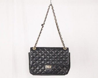 VINTAGE Black QUILTED Leather FLAP shoulder bag