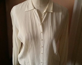 Vintage Rayon Blouse, Cream Ivory color designer Sydney Heller label pintuck front mother of pearl buttons fitted darts back front