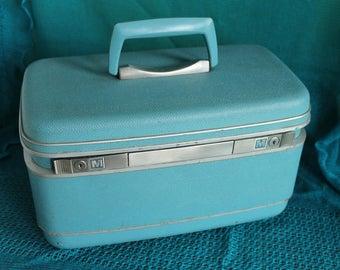 Clearance-Vintage Samsonite Train Case -Turquoise Blue