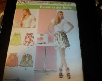 Simplicity 1Misses Skirts Pattern Sizes 6-16 UNCUT