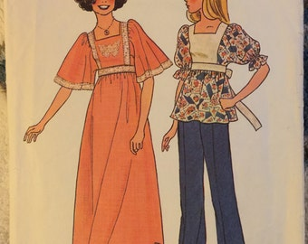 Vintage 1976 Simplicity 7435 Pattern Junior Teens' Dress Or Top Size Small (7/8-9/10)