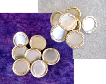 Vintage Metal Buttons, 15mm 5/8 inch - Pale Gold Pearl White - CHOOSE Smooth, Carved Rims - 7 VTG NOS Mid-Century Metal Buttons MT33 / MT07