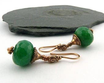 Pine Green and coral red - unique jade earrings - hand sanded - Klappbrisuren - ethnic earrings - boho - nickel-free - unique