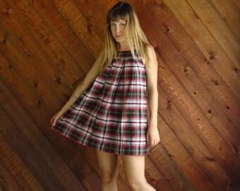 25% off Flash Sale . . . Red Plaid Mini Jumper School Dress - Vintage 90s - XS