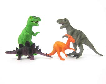 Plastic Dinosaurs toys destash lot children toys Shelf Display Room Decor Gray Orange and Green Animals Aquarium Terrarium