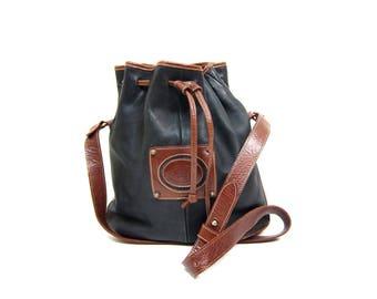 90s Etienne Aigner Purse Leather BUCKET Bag Blue Brown Leather Shoulder Bag Preppy Cross Body Bag Leather Pouch Drawstring Purse