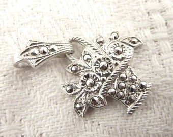 Vintage Sterling and Marcasite Flower Bouquet Pendant