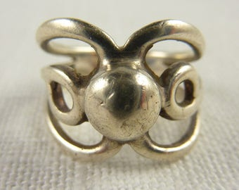 Vintage Mexican Sterling Silver Ring Size 8.25