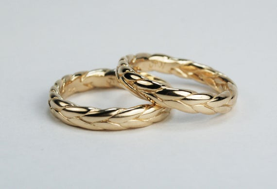 Thick 10k solid gold braid ring. Size 5.5. Ready to ship.