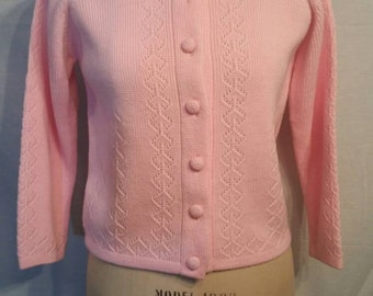 50s/60s vintage pink cardigan sweater, 38