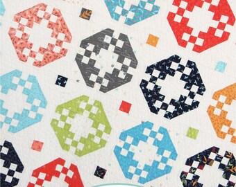 Focal Point Fat Quarter Quilt PDF Pattern
