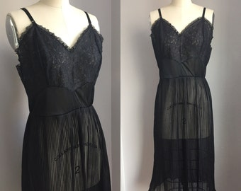 Vintage 1960s Sheer Black Pleated Nylon Chiffon and Lace Seamprufe Slip Nighty Nightie Size Medium