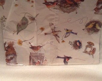 Vintage Gift Wrapping Paper Birds All Occasion Artfaire 8.3 Squae Ft Gift Wrap