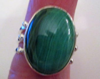 RING - GREEN MALACHITE - Oval - Wide - 3 band  -925 - Sterling Silver  - size 6 3/4 -    Green174