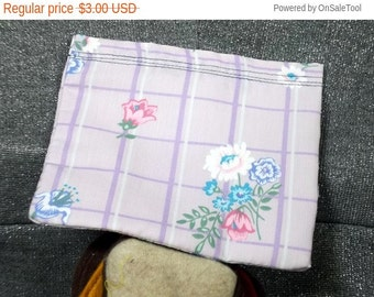 Sale 15% off Reusable Sandwich Bag, Flower Bunch on Purple Print