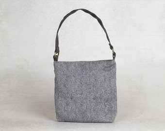 gray handbag - gray bag - gray shoulder bag - vegan hobo bag - hobo handbag - small hobo bag by Badimyon