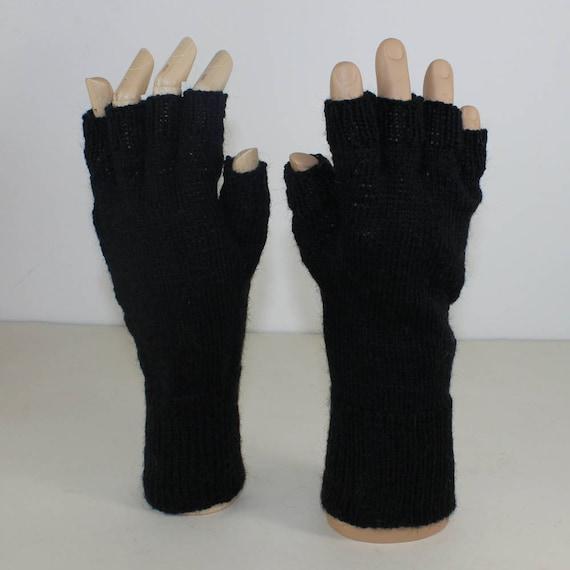 Knitting Pattern For Short Finger Gloves : SALE madmonkeyknits - Postmans 4Ply Short Finger Gloves knitting pattern pdf ...