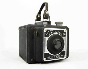 Vintage Time Traveler 120 Camera by Pho-Tak. Circa 1940's.