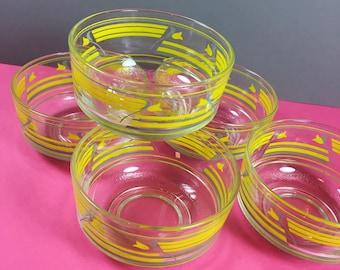 Vintage Fruit Dishes - Glass Dishes - Ice Cream Bowls - Dessert Dishes - Vintage Glassware - Tulip Pattern