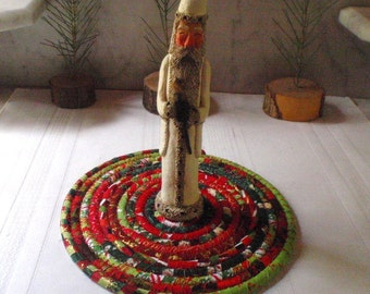 Bohoho Coiled Holiday Table Mat, Trivet  or Hot Pad - Small Round