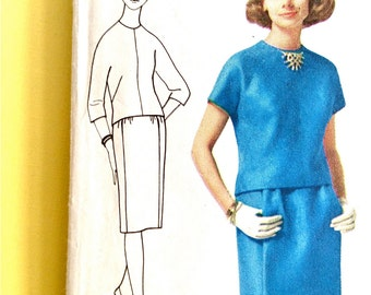 Simplicity 5064 Overblouse With Kimono Style Sleeves Back Button Closing, Skirt  With Waistband 1960s Vintage Sewing Pattern Bust 36 inches