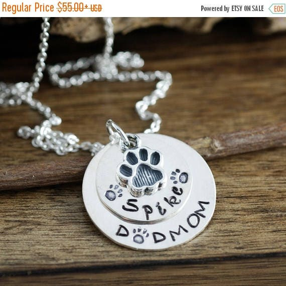 15% OFF SALE Hand Stamped Pet Necklace, Pet Lover Necklace, Dog Mom Necklace,  Dog Name Necklace, Dog Paw Necklace, Gift for Dog Mom, Mother