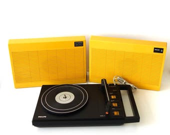 Philips record player , Stereo 200 suitcase record player, Yellow, Dutch  , 70tees