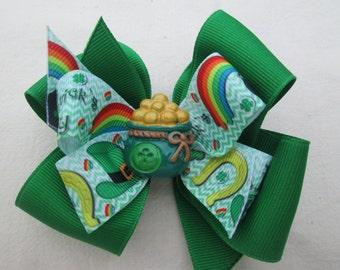 St Patrick's Hair Bow, Double Boutique Hair Bow,Pot o Gold Shamrock Green Hair Bow, Leprechaun  Bow, Toddler Hair Bow, St Paddys Day